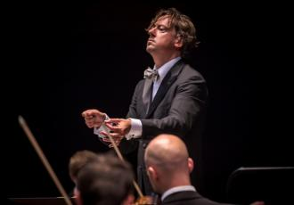 New Zealanders can enjoy the music of Bach, Beethoven and get up close with the New Zealand Symphony Orchestra as part of an innovative new tour in March.