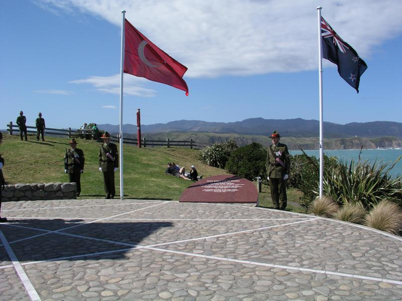 "Turkish and New Zealand flags<p class=""detail-small"">Image courtesy of the New Zealand Defence Force</p>"