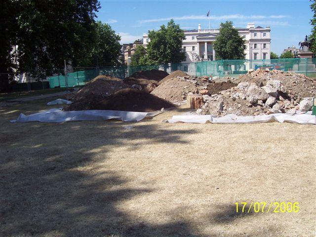 "Construction of the London Memorial in August 2006<p class=""detail-small"">Ministry for Culture and Heritage</p>"